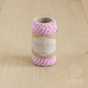 ca. 20 Meter Baker's Twine aus 100% Baumwolle in rosa-weiß meliert