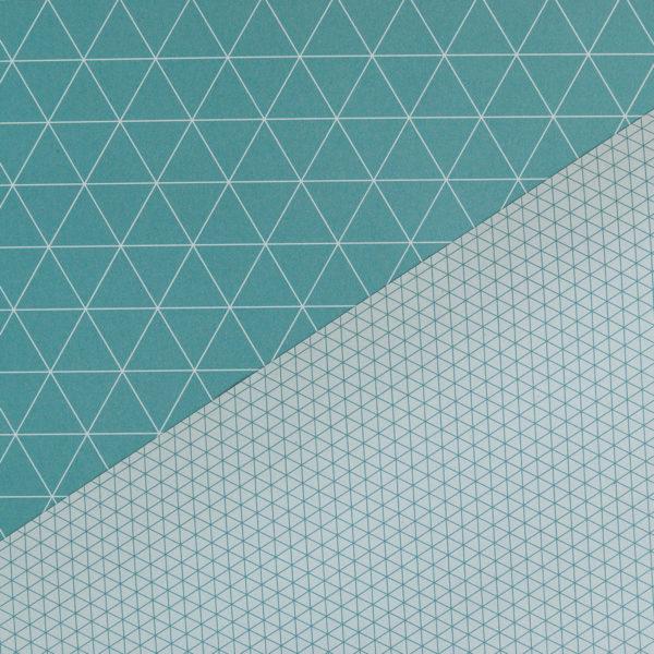 gemustertes, grafisches Geschenkpapier von My Pretty Circus | beidseitig bedruckt | Dreiecke türkis