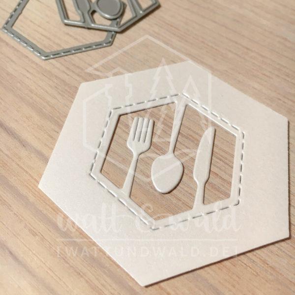 watt&wald Stanzen - Hexagon | zum ausstanzen aus Papier für Karten, Scrapbook und Basteln | Besteck im Hexagon kombiniert mit dem Hexagon mit genähtem Rand