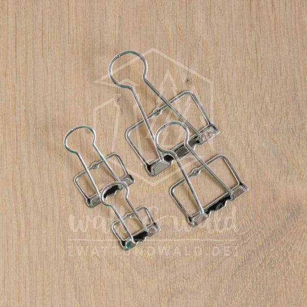 Cutting Dies zum ausstanzen von Wire-Clips Papierklammern in 4 verschiedenen Größen. Das Set besteht aus 8 einzelnen Stanzschablonen.