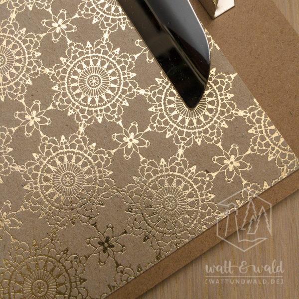 Heyda Naturkarton Ornament mit Heißfolienveredelung | gold | 220 g/m² | Detailansicht