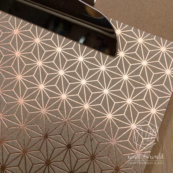 Heyda Naturkarton Starlight mit Heißfolienveredelung | roségold | 220 g/m² | A4 | Detail