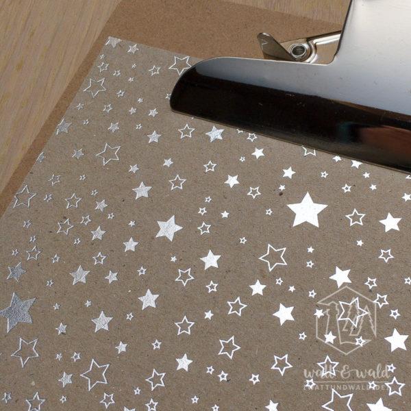 Heyda Naturkarton Sterne mit Heißfolienveredelung | silber | 220 g/m² | A4 | Detail