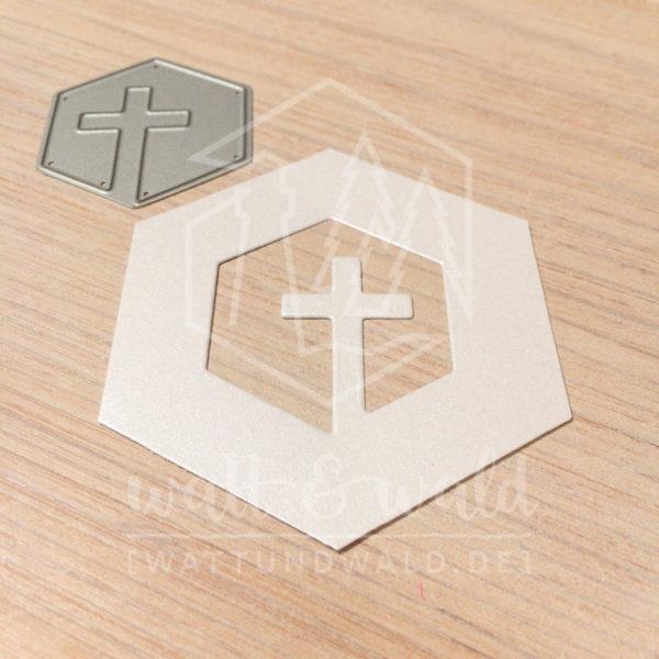 Original Cutting Dies von watt&wald zum Ausstanzen aus Papier. Kreuz im Hexagon - Kombinierbar mit 4 verschiedenen Rahmen.