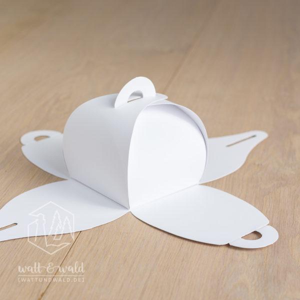 Dekorative Geschenkbox aus weißem Karton | für Gastgeschenke, Mitbringsel und kleine Geschenke